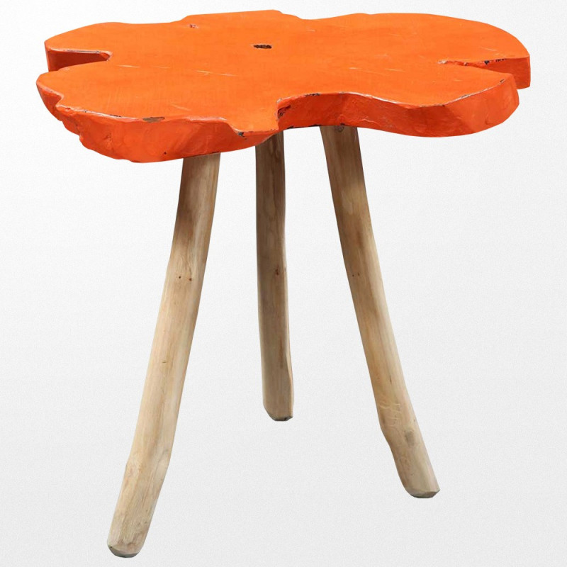 Table design en bois et son dessus orange